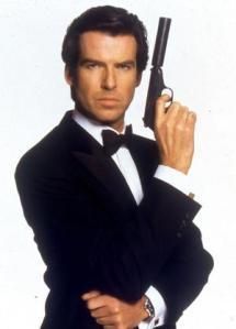 f Pierce Brosnan as James Bond (007) in GoldenEye.