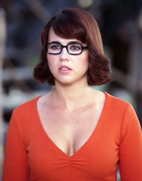 Linda Cardellini Velma